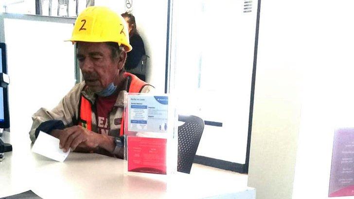 8772410 Don Beto paga sus cuentas con la ayuda de la comunidad 1 1577116799 728 ce5acbcd68 1577891024