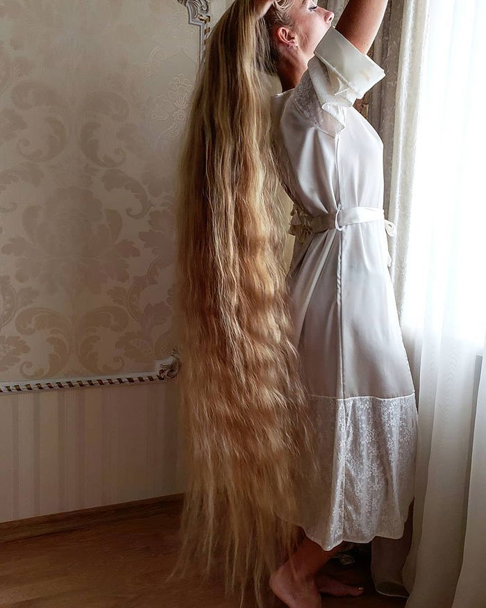 alena kravchenko 6 feet long hair 5 5e0b5f70a41da 700