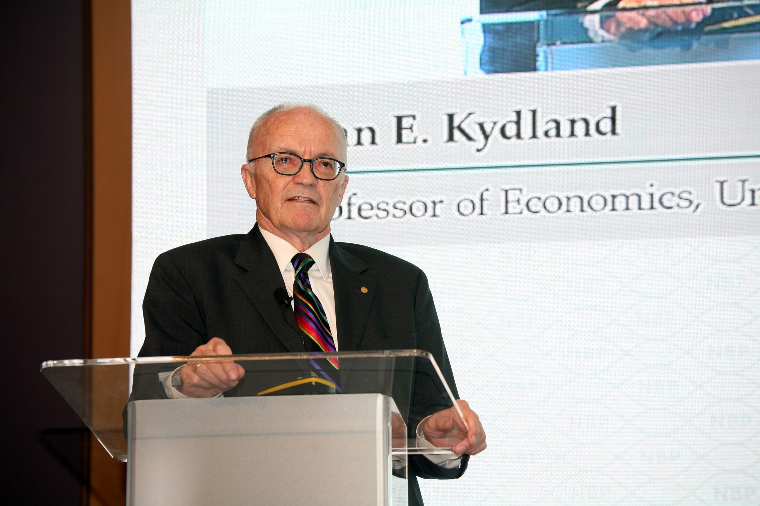Finn E Kydland 2015